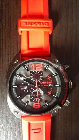 Reloj diesel original usado en perfecto estado,sumergible,manilla de silicona.