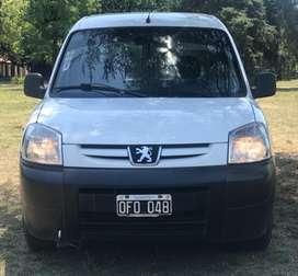 Vendo O Permuto Peugeot Partner.