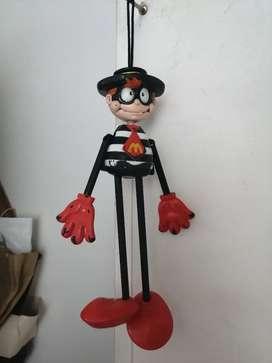 Muñeco Mac Donald ladron