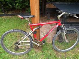 Bicicleta Mountain Chicago componentes shimano
