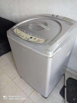 Vendo lavadora hacev 28 libras