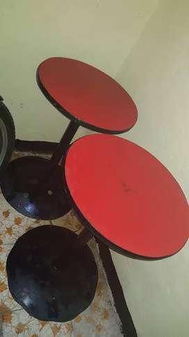 Vendo 4 mesas