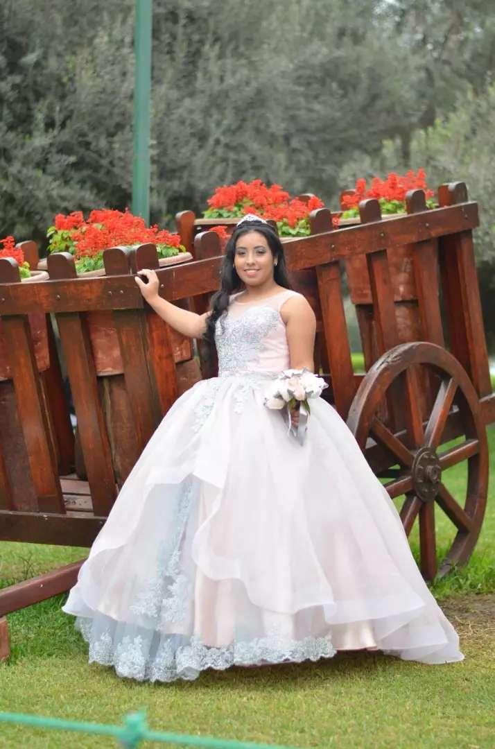 Vestido de Quinceañera 0