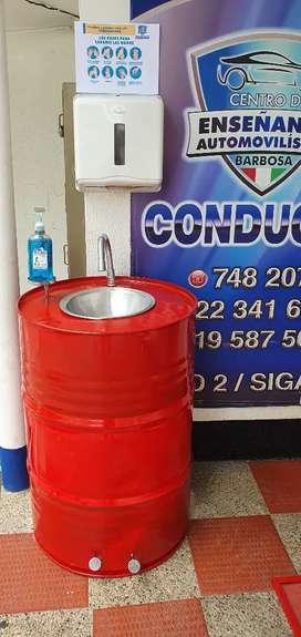 Dispensadores con pedal lavamanos con pedal y tapete desinfectante