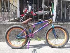 Bicicleta bmx freestyle piraña pro X mutanty thunder