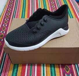 Zapatillas CrossFit UNISEX las negras son num 35 / 36 y las marrones 40/41 son grandes