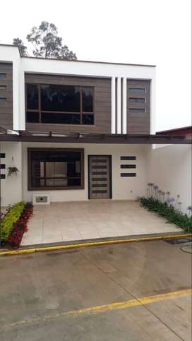 Casas en venta, sector Machangara en Condominio