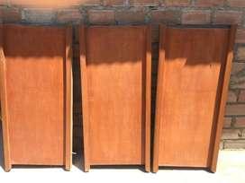 Tres puertas para bao Todo 200 color madera como en la foto estamos