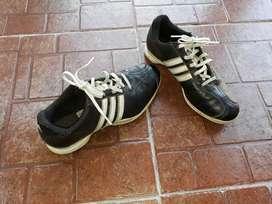 Vendo zapatos de golf