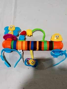 Barra de juguete para cochecito