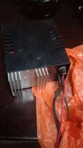 Sebende amplificador y cargador de baterias
