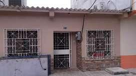 Villa en Alcides Pesantez