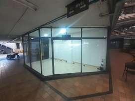 Se Arrienda Local Esquinero Moderno Fachada Transparente(14 m2) con Agua y Vigilancia Incluidos
