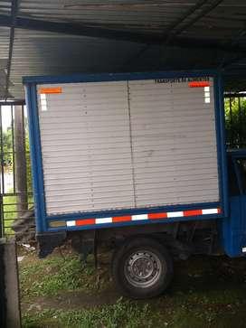 Se ofrece conductor con camioneta, experiencia en reparto de mercancia y alimentos sin comparendos,  vendedor