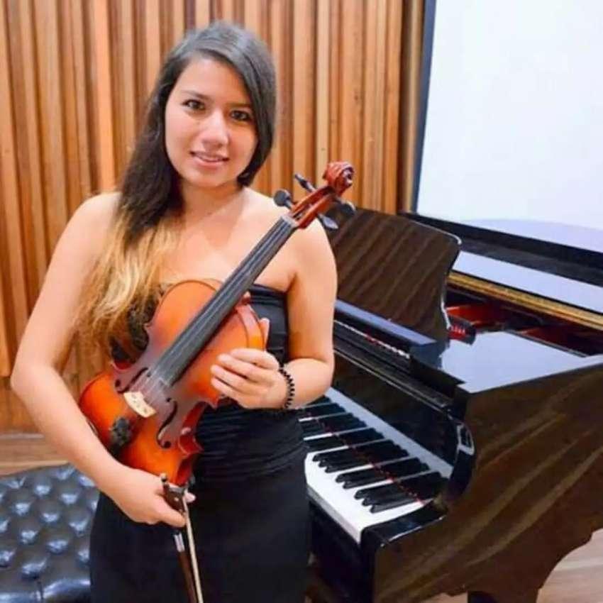 Clases de violín y piano. Amplia experiencia. 0