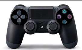 Vendo play 4 con juegos y joysticks