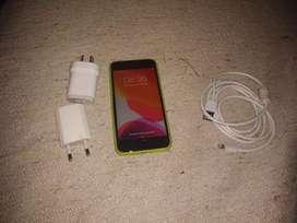 iPhone s6 libre con cargador 98 porciento de batería