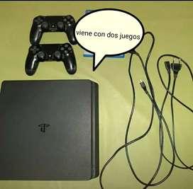 PlayStation 4 slim 500g con cables originales y dos joysticks.