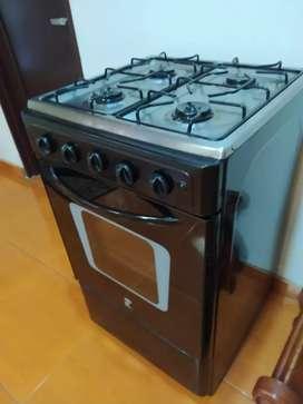Hermosa estufa con horno $230.000 en armenia