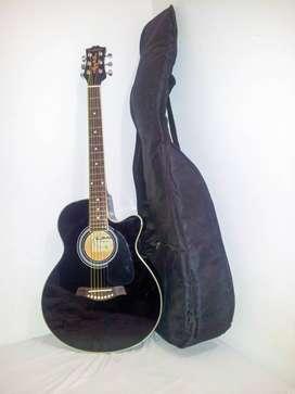 VENDO Guitarra Electroacustica Shelter en perfecto estado!!! Ecualizador Funda Afinador+Capotraste+Pua+Cable Plug de 6m