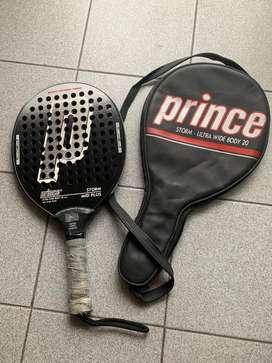 Paleta Paddle Prince Mid Plus STORM y su funda