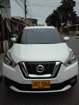 VENDO PERMUTO NISSAN KICKS 2018 ADVANCE EXCELENTE ESTADO