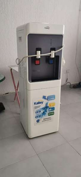 Dispensador con nevera Kalley