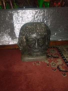 Barato ...Vendo hermosa talla del rostro de Cristo en mármol con su basé también en mármol