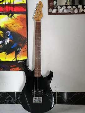 Guitarra eléctrica peavey rockmaster stratocaster excelente estado squier