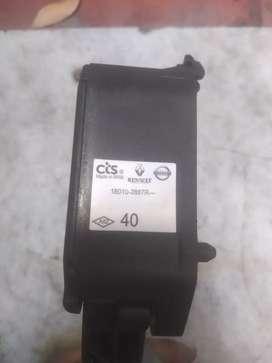 Acelerador electronico kwid