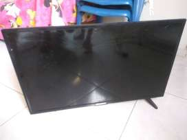 Tv LED Challenger para reparar o repuestos pantalla partida