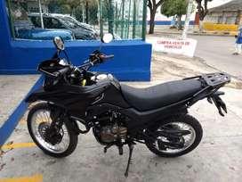 Moto nueva akt 200DS euro 3 m 2021 negra