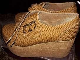 Vendo calzado número 38/9 usado