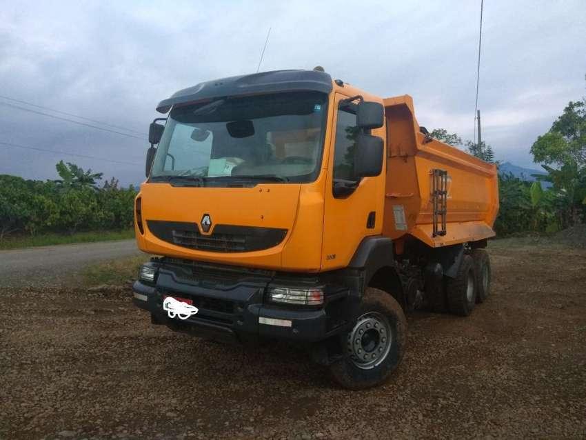 Vendo Volqueta Renault 380 0
