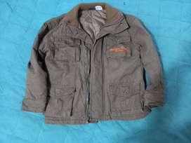 Vendo chaqueta de Niño