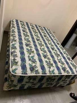 Venta de cama base 2 plazas+colchon
