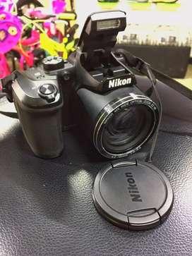 Camara Nikon semiprofesional