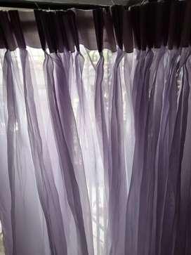 Cortinas velo violeta