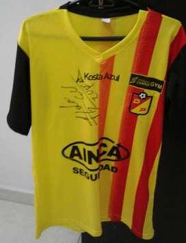 """Camiseta Del Pereira autografiada por el Arquero Harlem """"Chipi Chipi"""""""