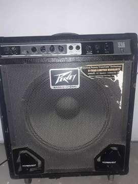 Vendo amplificador de bajo Peavy