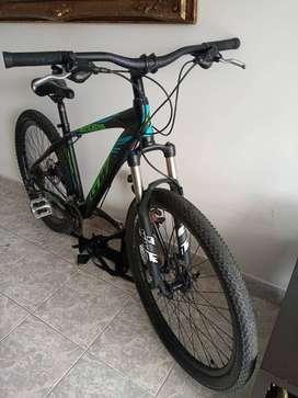 Cicla y soporte para carro