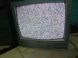 Televisor antiguo marca Samsung