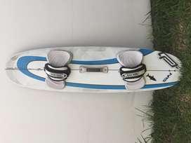 Tabla de Kite Surf Ocean Rodeo Mako 135