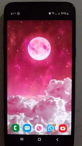 Se vende celular Samsung j8 como nuevo