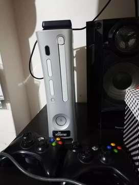 Vendo Xbox 360 o cambio por ps4 y encimo