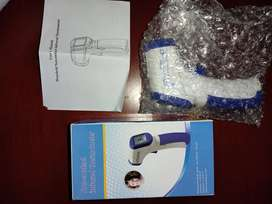 Termómetro infrarrojo de toma de temperatura