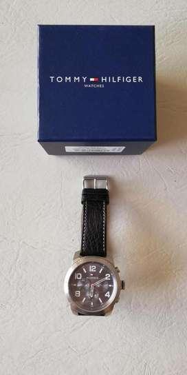 Reloj Tommy Original