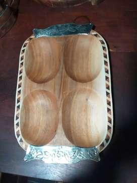 bandejas artesanales de pacara con detalles  de alpaca