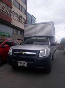 Luv dmax furgonada