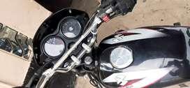 Venta de moto baja 125 ct como la ve en las fotos intacta solo guardada